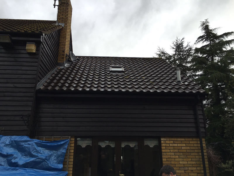 Roof Cleaning Moss Removal For Homes In Newbury Swindon
