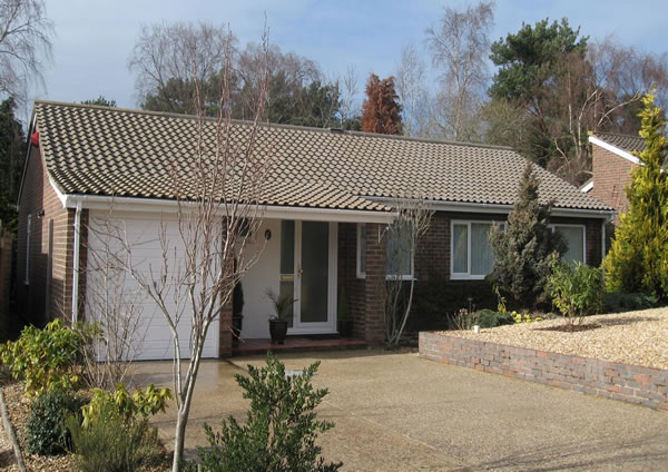 Bungalow after roof clean